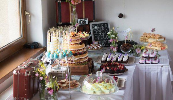 Sisters Cake - Svadobné koláče a svadobná torta - ladené cestovateľsky